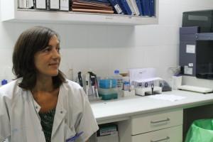 La Dra. Núñez en su lugar de trabajo.